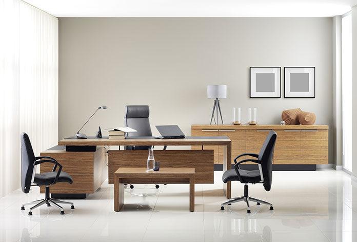 Czym kierować się przy wyborze mebli biurowych?