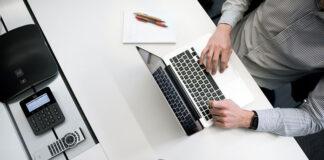 Biuro księgowe pomagające w obsłudze kadr i płac